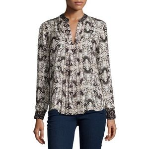 L'AGENCE 100% silk butterfly print blouse